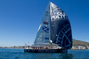 The Old Pulteney-sponsored yacht and her crew during the 2013-14 Clipper Round The World Race. Image courtesy Old Pulteney/Inver House Distillers.