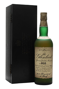 The Glenlivet Special Jubilee Reserve 25 Year Old Single Malt. Image courtesy The Whisky Exchange.