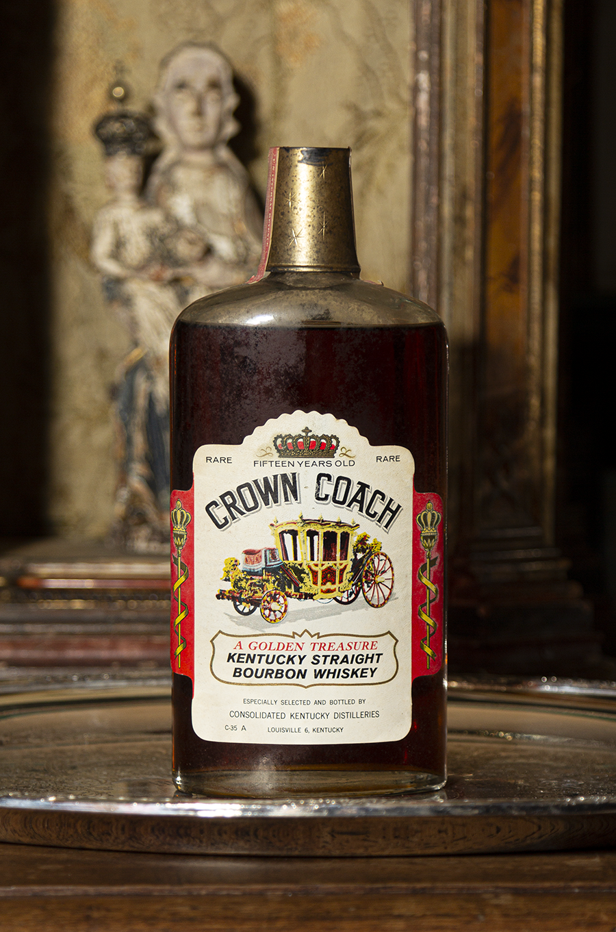One of the highlights of Michael Veach's Bourbon Salon events at Oxmoor Farm is getting to taste a vintage Bourbon from the Bullitt family's wine cellar at the estate in Louisville. The latest Salon featured this rare 15-year-old Crown Coach Bourbon from the 1960's.