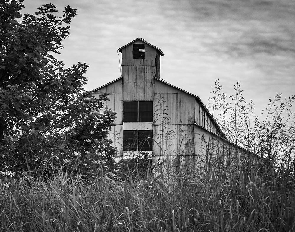 One of the historic Bourbon rickhouses in Deatsville, Kentucky at the old T.W. Samuels Distillery site. The warehouses are used now by Heaven Hill and Maker's Mark for their whiskies. Photo ©2020, Mark Gillespie/CaskStrength Media.