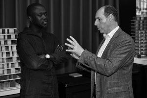 Sir David Adjaye OBE and Gordon & MacPhail Director of Prestige Stephen Rankin. Image courtesy Gordon & MacPhail.